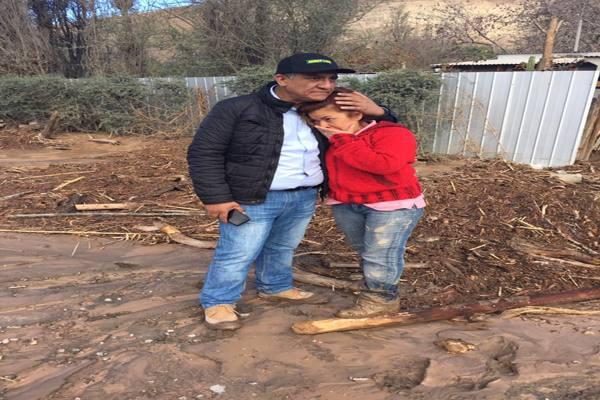 Alcalde Osvaldo Delgado reitera proceder politiquero-proselitista del intendente Miguel Vargas perjuicio de damnificados de Tierra Amarilla