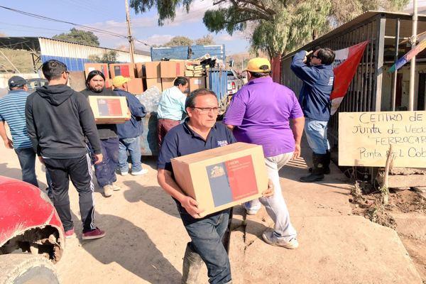 Gobierno continúa con despliegue en terreno entregando ayuda a afectados por frente de mal tiempo