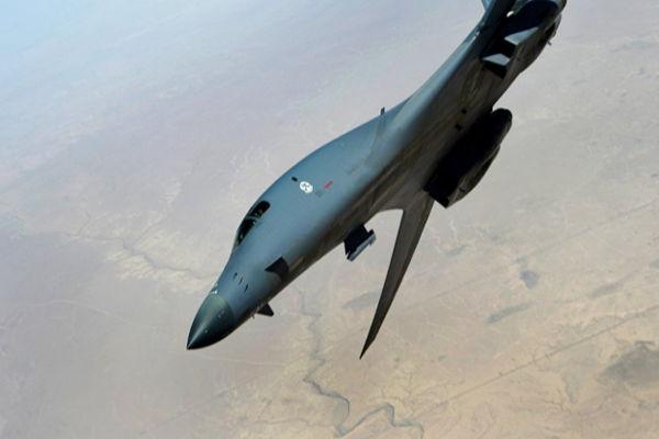 EE.UU. envía dos bombarderos estratégicos a la península de Corea