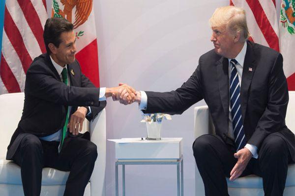 Trump se reúne con Peña Nieto e insiste en que México pague el muro fronterizo