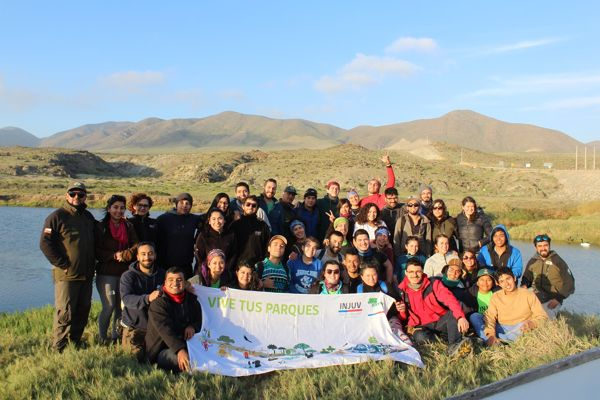 """Jovenes dieron vida una vez mas al voluntariado""""VIVE TUS PARQUES""""en Atacama"""