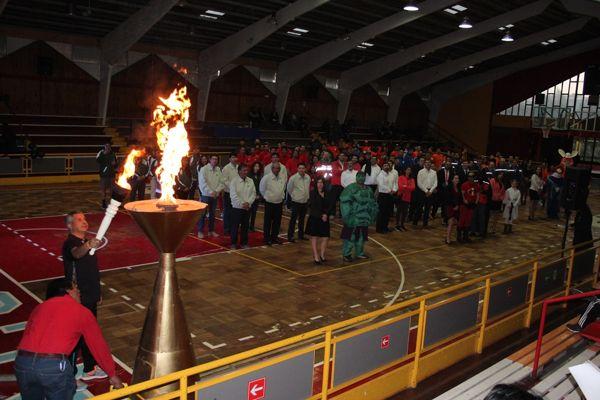 Con gran éxito se desarrollan las Olimpiadas Día del Minero en Vallenar