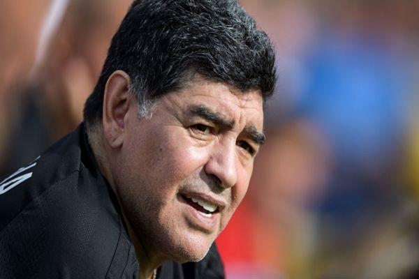 Maradona da su respaldo a Nicolás Maduro por crisis Venezuela