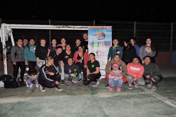 Junta Vecinal nº 7 de Chañaral reúne a cientos de vecinos en entretenidas jornadas deportivas.
