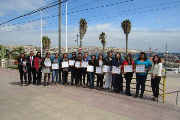 14 mujeres de Caldera fueron certificadas tras finalizar curso de Guardia de Seguridad OS-10 del SernamEG