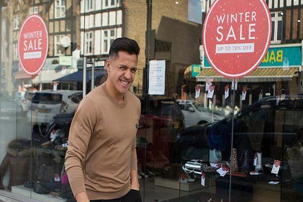 Alexis captado en Liverpool… ¿qué hacía en esa ciudad?