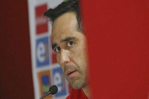 Claudio Bravo se borra de la selección chilena