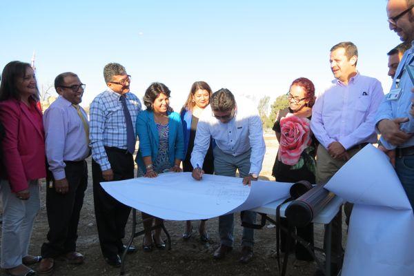 Colocan la primera piedra en conjunto habitacional La Turbina II en Vallenar.