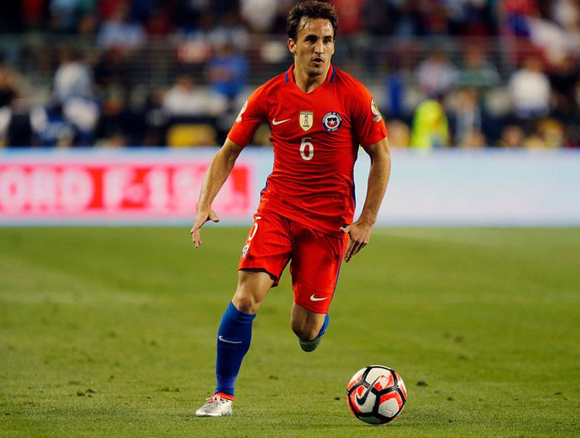 Con el «Chapa» Fuenzalida en la delantera Chile buscará su paso a la segunda ronda