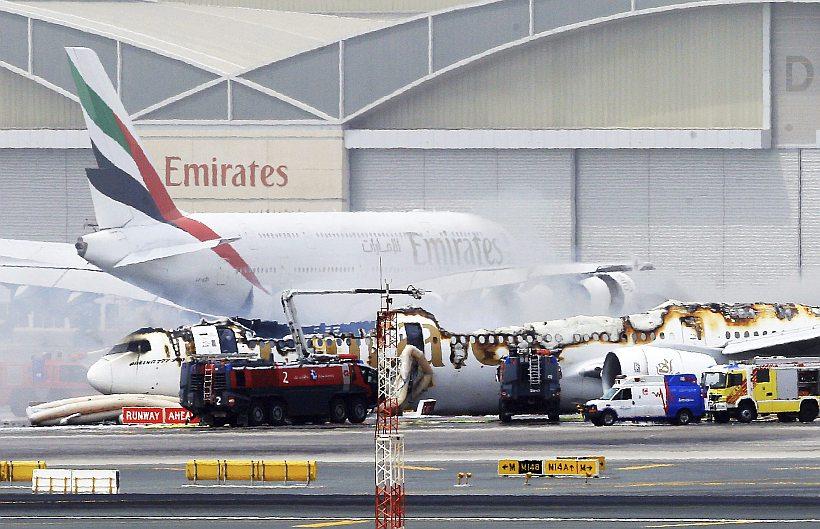 Avión en Dubai sufrió accidente al aterrizar y causa terror entre pasajeros