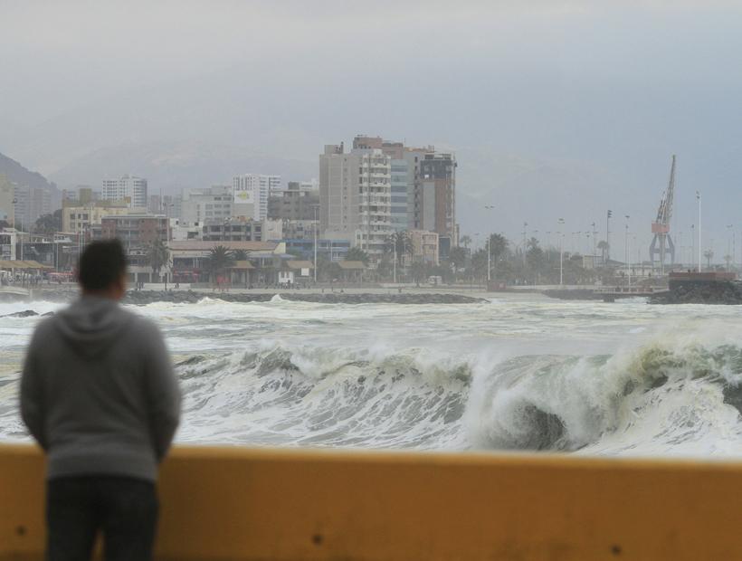 Anunciaron marejadas para el borde costero de la Región de Antofagasta
