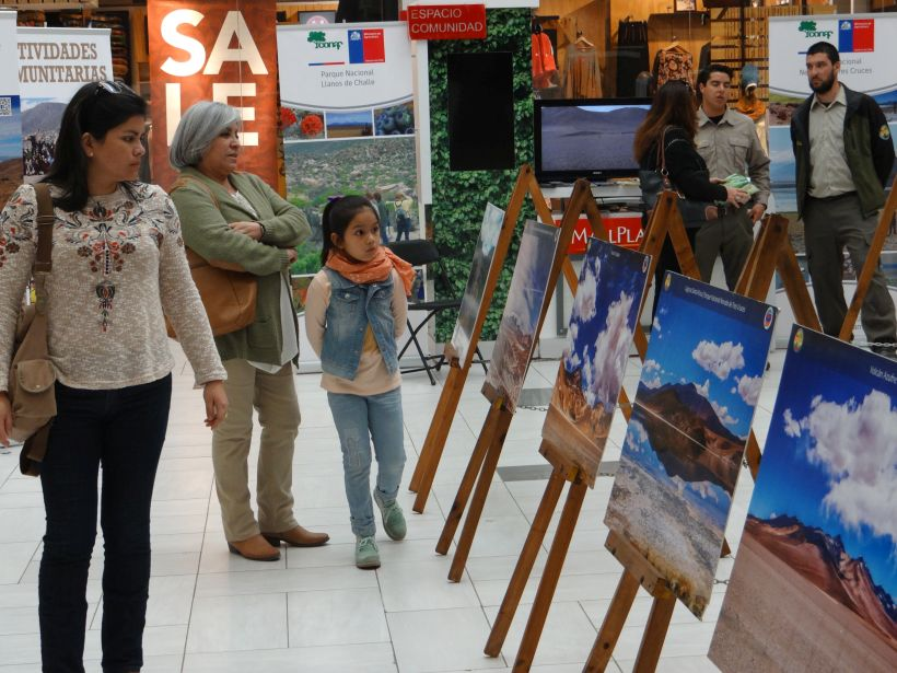 Celebran aniversario de parques nacionales en mall Plaza de Copiapó
