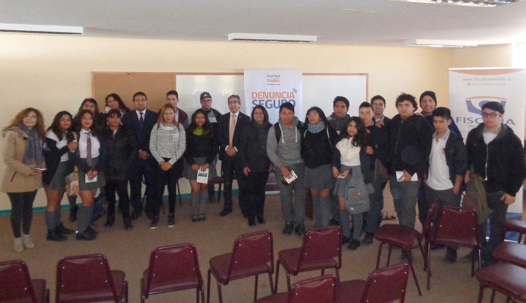Fiscalía de Atacama y Seguridad Pública se reúnen con comunidad de Diego de Almagro