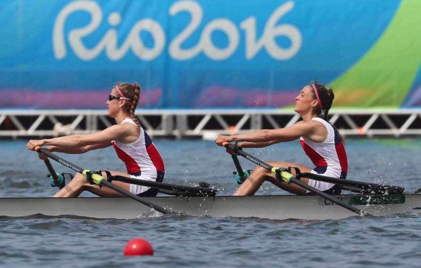 Chilenas quedan en el 4° lugar en el repechaje del remo y se despidieron del medallero