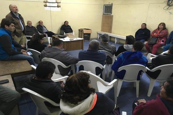 Prokurica organizó seminario para exponer a pescadores artesanales, alcances de nueva ley que entrega bonificación para el cultivo de algas