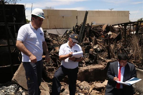 Peritos PDI de la IV región apoyan investigación por incendio en población Pedro Leon Gallo