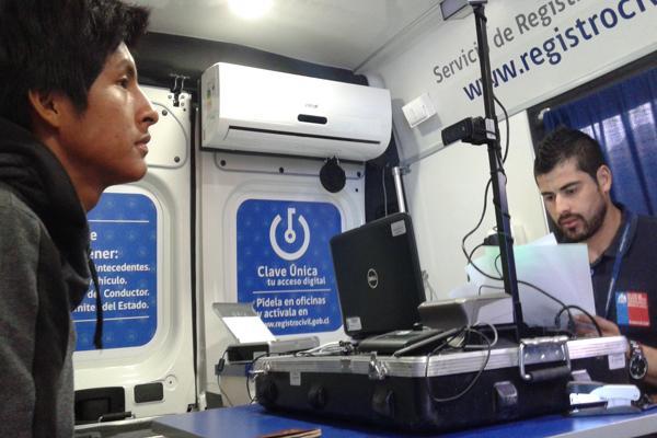 Registro Civil participa de operativo para trabajadores extranjeros