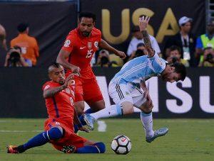 Así formará Chile ante Uruguay: Pablo Hernández será la principal novedad