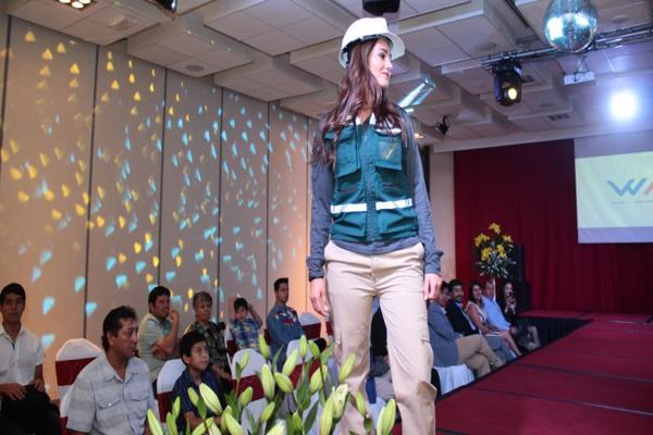 Empresa compuesta por mujeres de Copiapó presentó ropa para faenas mineras