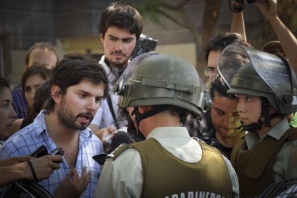 Boric indignado por disparo de carabinero a joven mapuche