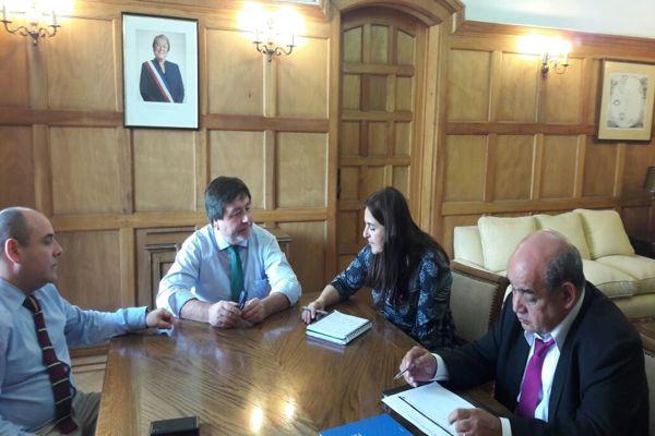 Alcaldesa de Caldera se reune con subsecretario de desarrolo regional