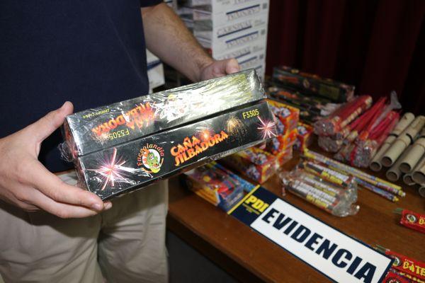 PDI decomisa fuegos artificiales y cigarrillos de contrabando que eran comercializados en Copiapo