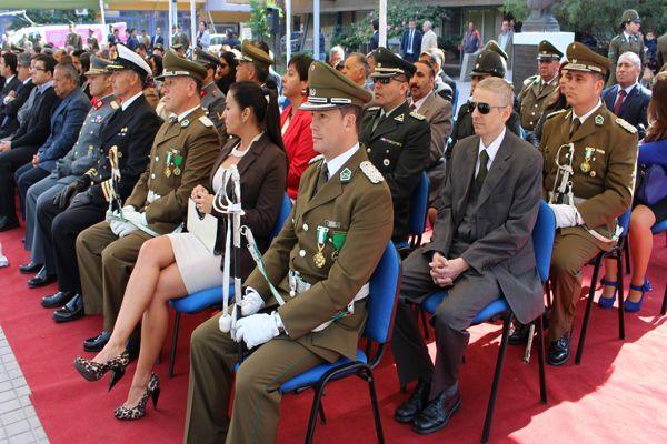 Ceremonia aniversario de Carabineros estuvo marcado de reconocimientos