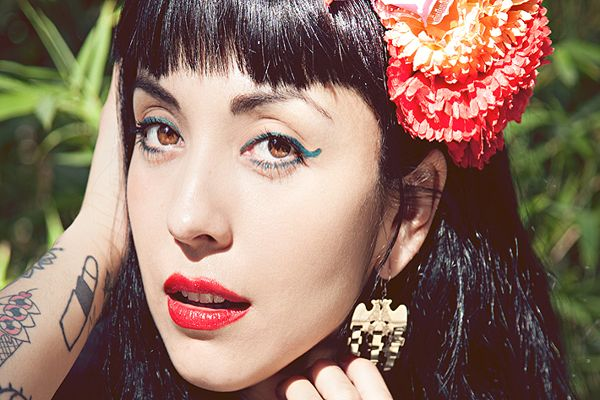 Mon Laferte es nominada a los MTV Millennials Awards 2017