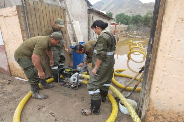 Un amigo siempre,Carabineros ayuda a la comunidad en Copiapo