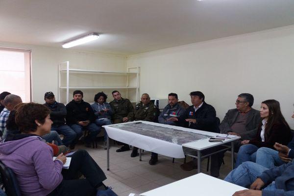 Autoridades regionales coordinan acciones de prevención en sector de Paipote