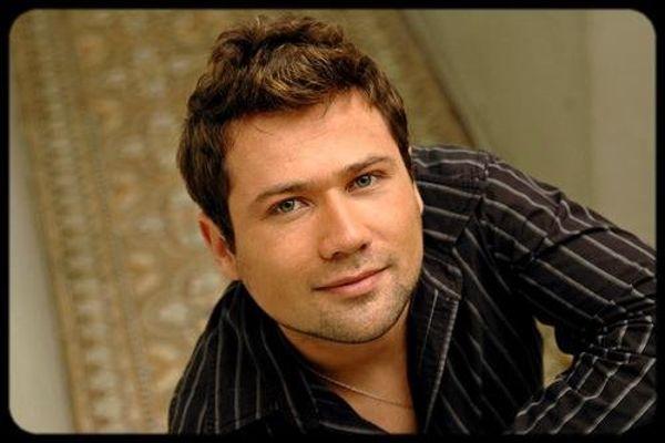 Gabriel Suárez es el nuevo vocalista de Grupo Alegría