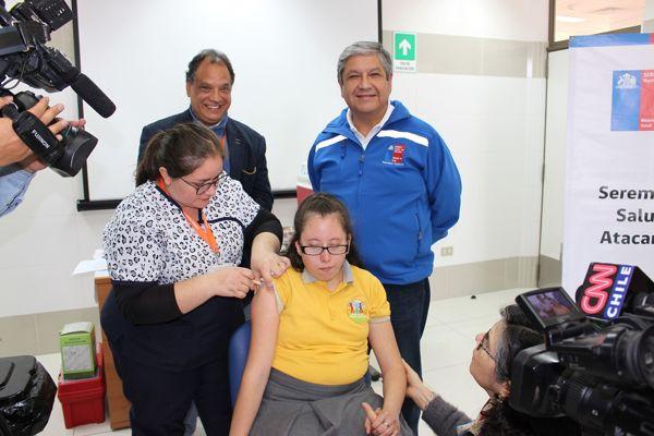 Campaña de Vacunación contra el Virus del Papiloma Humano beneficiará a más 4 mil 300 niñas de Atacama