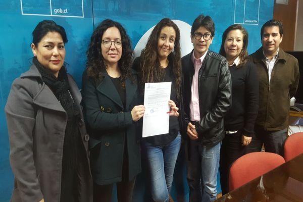 Gobernación de Copiapó realiza entrega de primera Visa Temporaria tramitada en la provincia