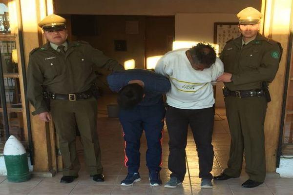 LLamado al 133 permitió detener a dos sujetos por robo en la comuna de Diego de Almagro