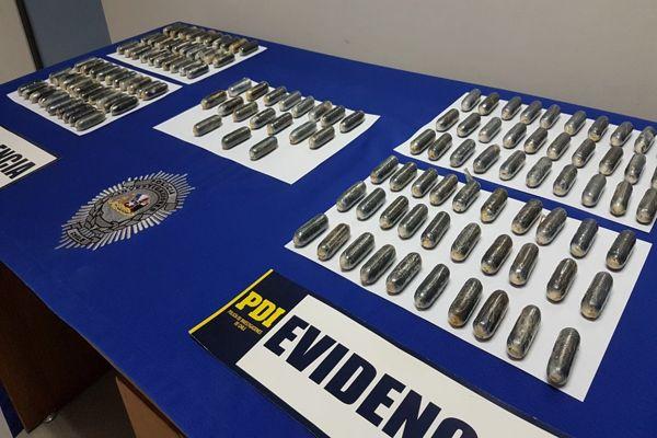 PDI detiene a sujetos con drogas en sus estómagos y ya son 20 correos humanos detenidos en 2017