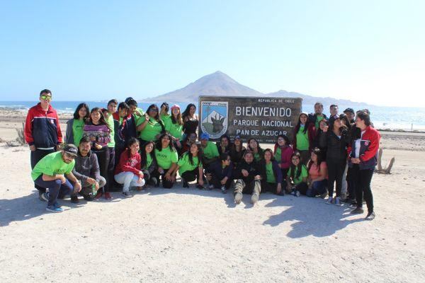 Exitosa actividad de INJUV y CONAF junto a alumnos del Colegio Hispano América de Chañaral
