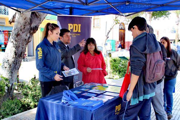 Detectives realizan intervenciones educativas en distintos puntos de la region