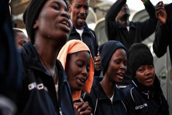 España acogerá barco con más de 600 migrantes tras el rechazo de Italia