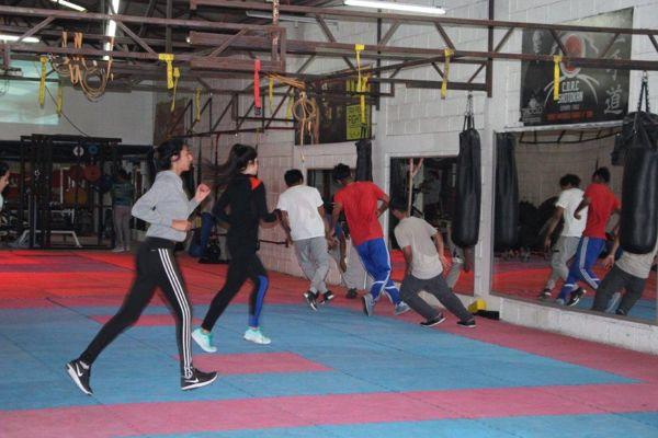 Jóvenes de programas Senda y Sename Atacama fueron becados e iniciaron clases de acondicionamiento físico en Club Deportivo Shotokan