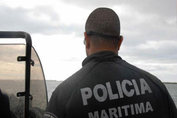 Aumentan vigilancia en caletas y puertos para que inmigrantes no pasen por vía marítima