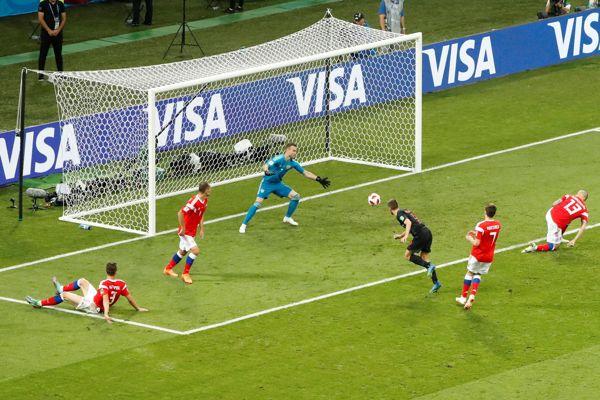 Croacia eliminó al dueño de casa y avanzó a semifinales