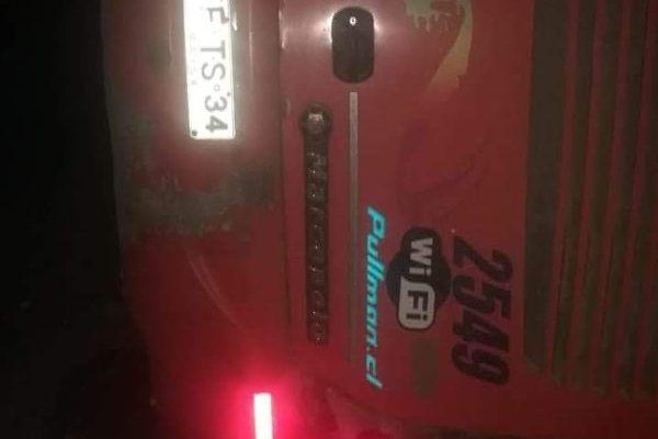 Pullman bus se vuelca en Chañaral, un muerto y 15 lesionados