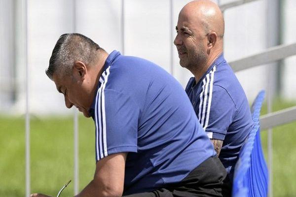"""Claudio Tapia aclaró presente de Sampaoli: """"Es el DT de la Selección"""""""