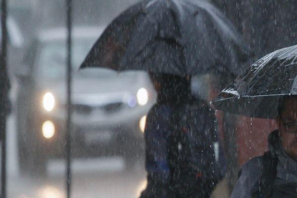 Onemi recuerda a la población tomar precauciones para prevenir las emergencias por fuertes lluvias