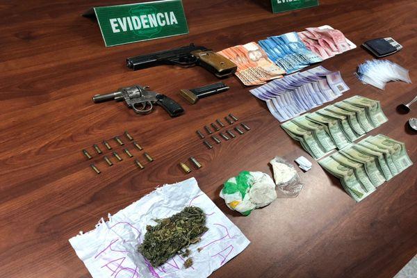 OS7 Atacama detuvo a dos sujetos por trafico de drogas en pequeñas cantidades