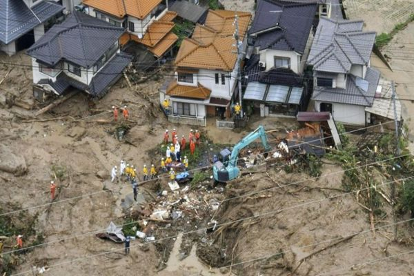 Ya van 88 muertos por fuertes lluvias en Japón