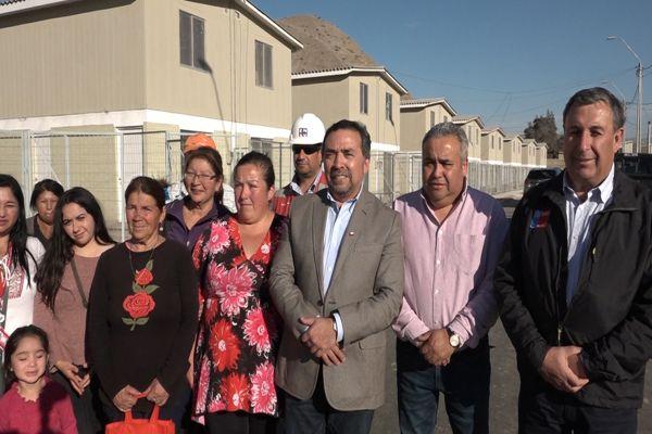 Intendente visita avance de proyectos habitacionales en Tierra Amarilla