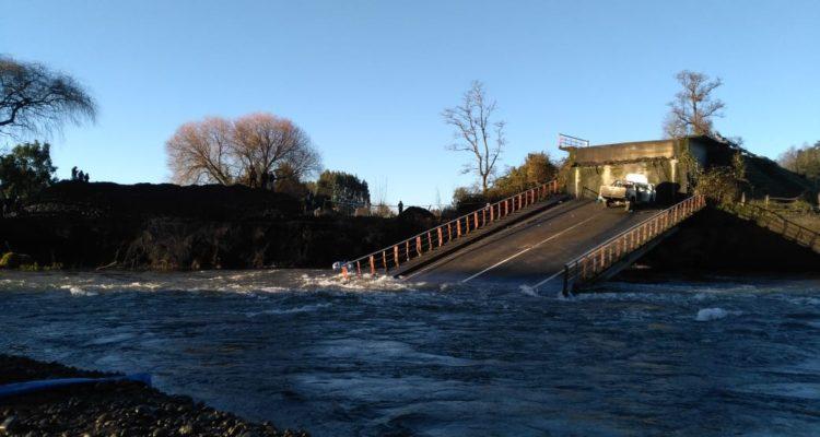 Familia anuncia querella por muerte de joven tras caída del puente Cancura