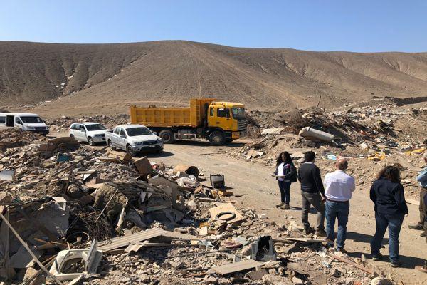Autoridades avaluaron en terreno complejo escenario de los vertederos ilegales
