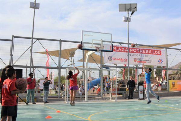 Inauguran Plaza Potrerillos en Tierra Amarilla